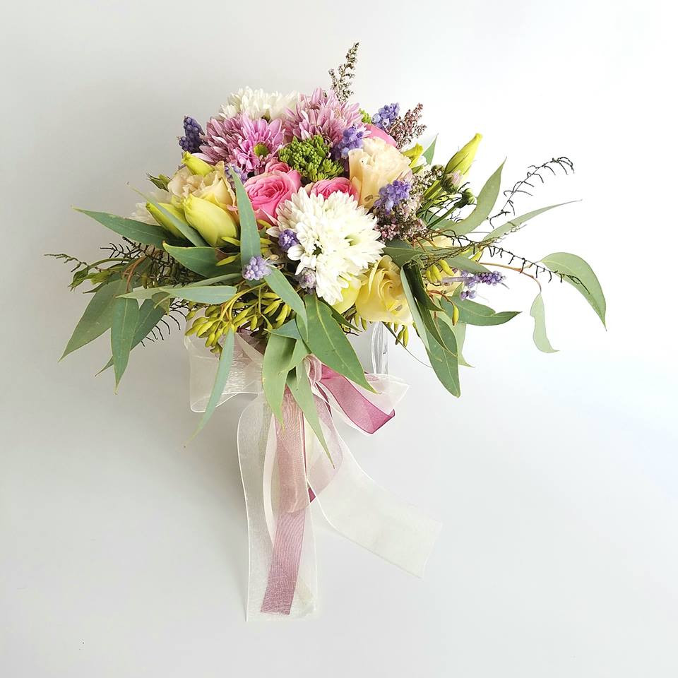 Flower bouquet and decoration for corporate gift, function and event