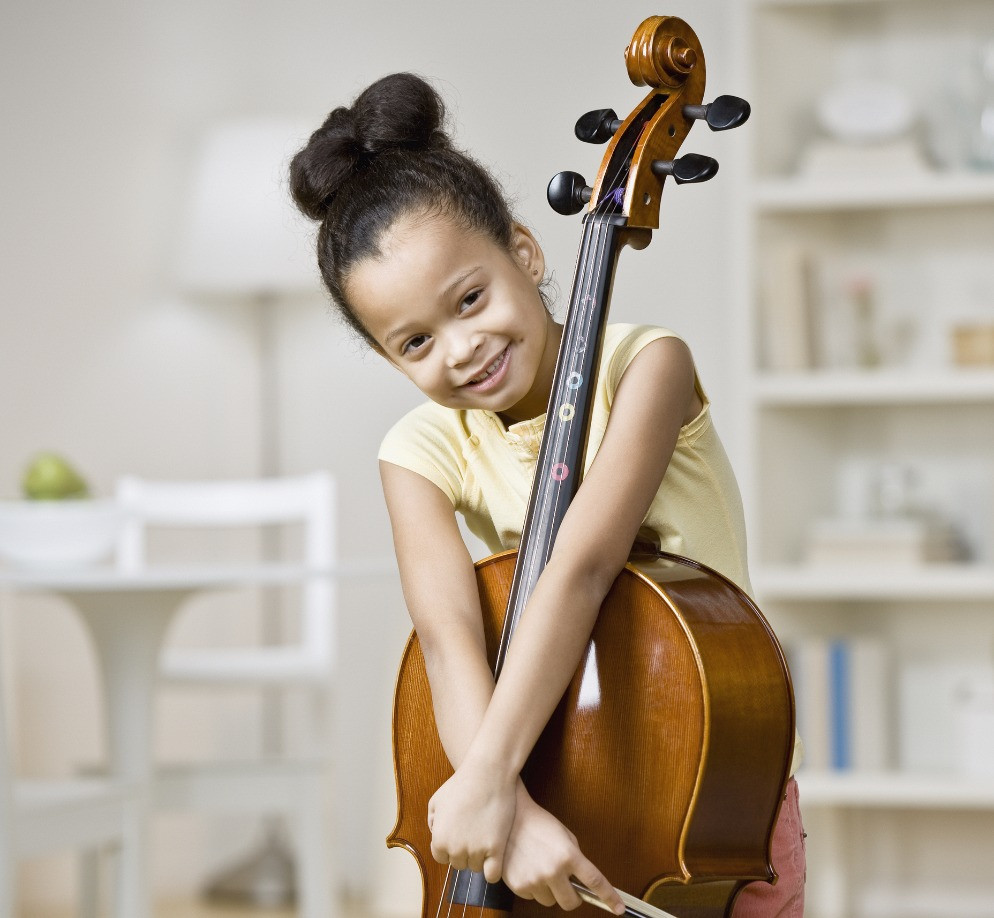 young girl plays her cello at Upper Beaches Music School