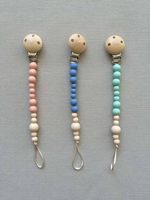 Coogee - pacifier clips