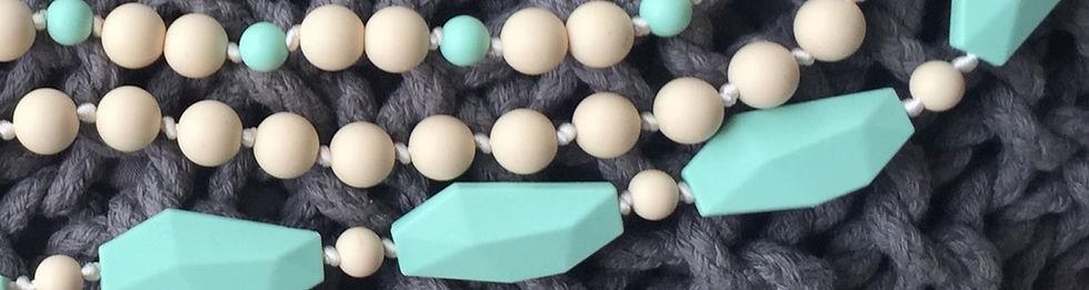 colliers dentition Trendy Mama pour mamans et bébés, en mint et crème