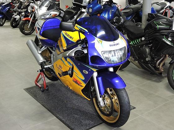 Suzuki GSXR 600 srad (corona)