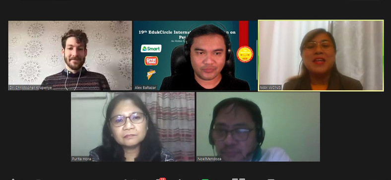 Dr. Krupenye with the panelists