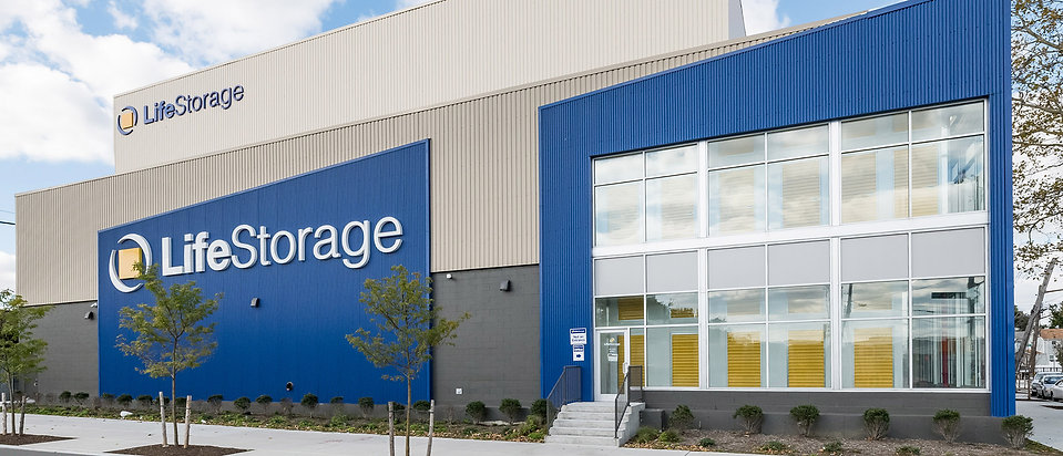 Life Storage_Banner_1920x825.jpg