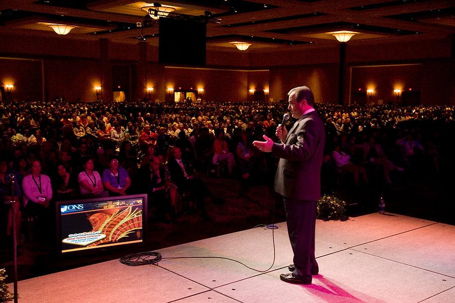 Joe on stage-audience ONS 4-2007.jpg