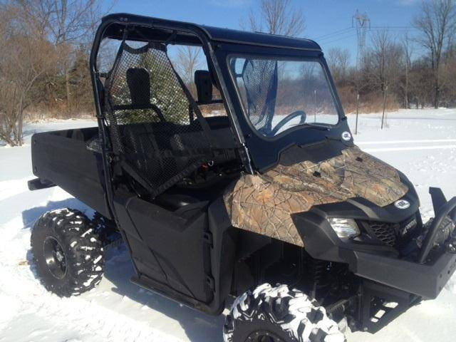 LAMINATED GLASS WINDSHIELD FOR PIONEER 700