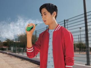 孩子可能背著你偷吸電子煙!