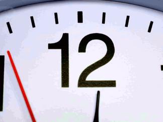 【夏令時間】: 星期日凌晨開始 撥快一小時