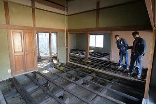 淡路島古民家解体の様子