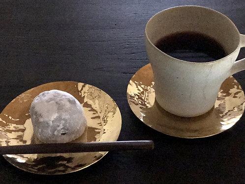 真鍮の茶托 01