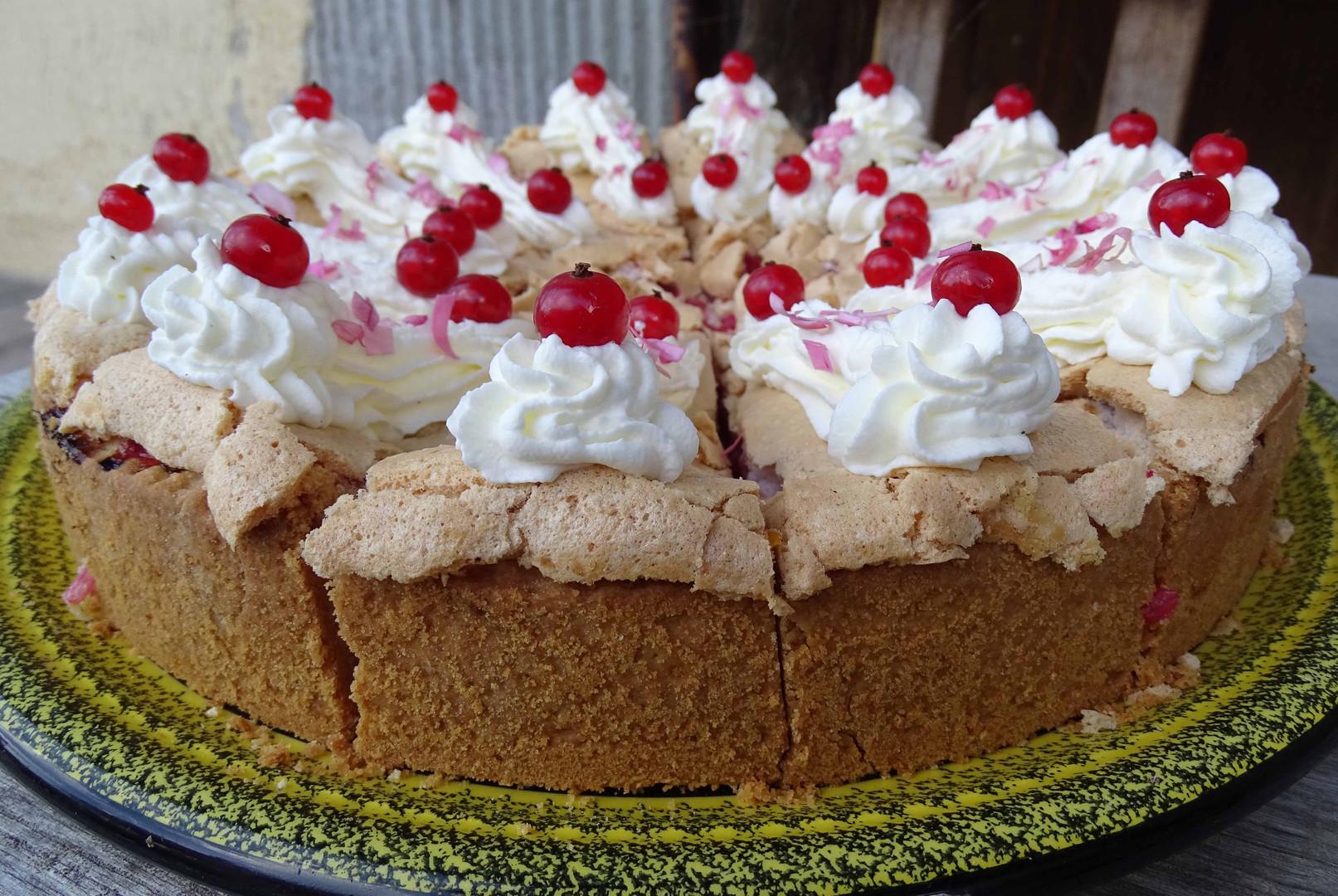 Johannisbeer - Baiser Kuchen