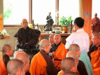 日本人僧侶ブラザー・サンライトの出家式にティク・ナット・ハン師臨席