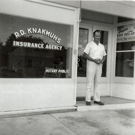 Original Knakmuhs Agency.jpg