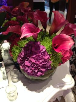 Hot pink fihbowls display