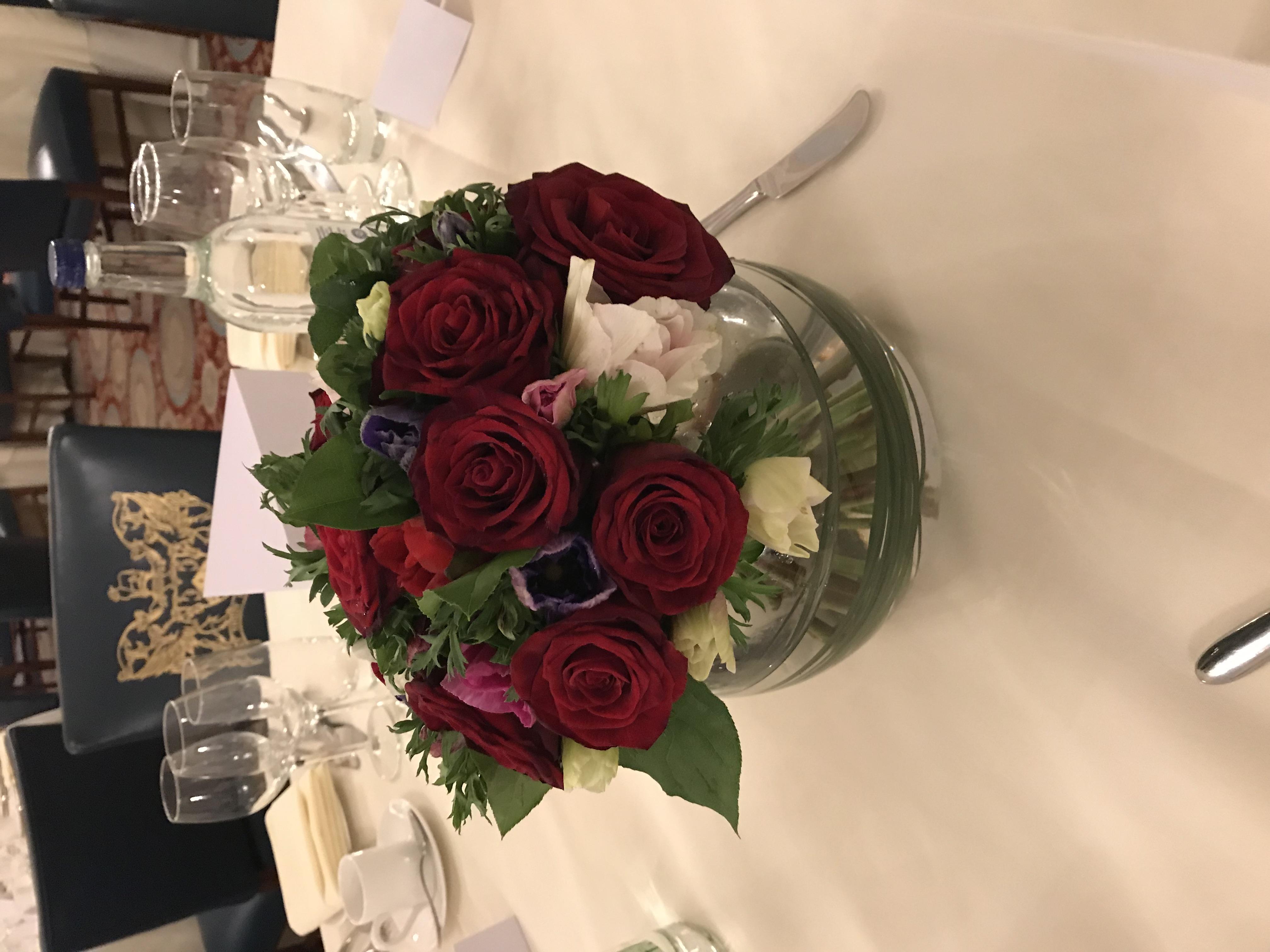 Grand prix roses in fishbowl