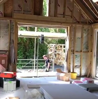Stunning bespoke build taking shape 👍🏻