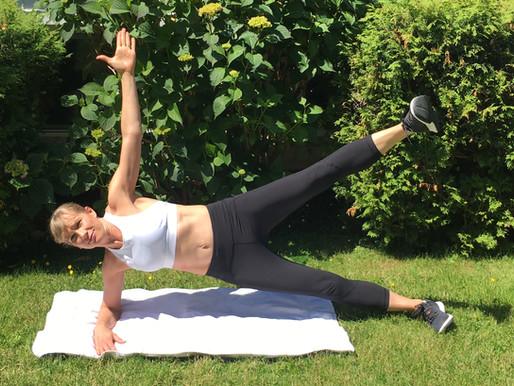 1-minute fitness tip: side planks