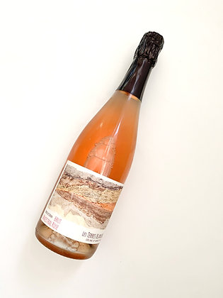 LES TERRES BLANCHES Ancestral Brut Rosé 2018 Loire, France (sparkling rosé)