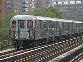 Subway_train_125th.jpg