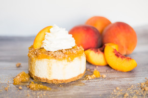 Momo - Peaches & Cream