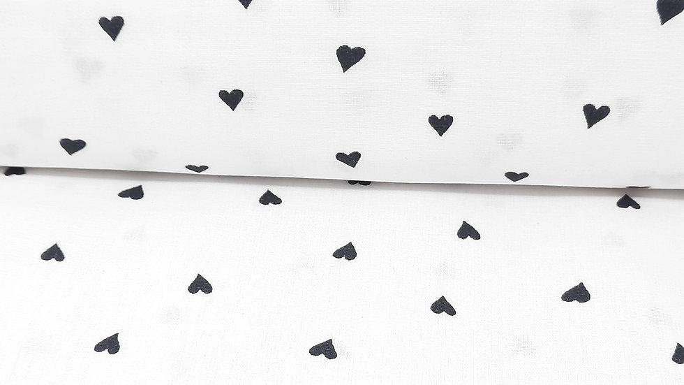 bomullstoff hvit med svarte hjerter