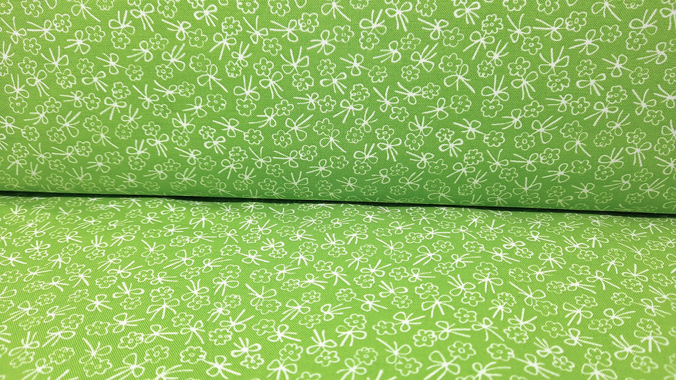 First Romance Kristyne Czepuryk, blomster grønn/hvit, 0,5 m
