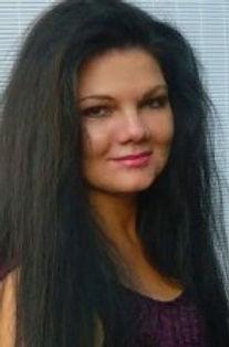 Gina 2.jpg