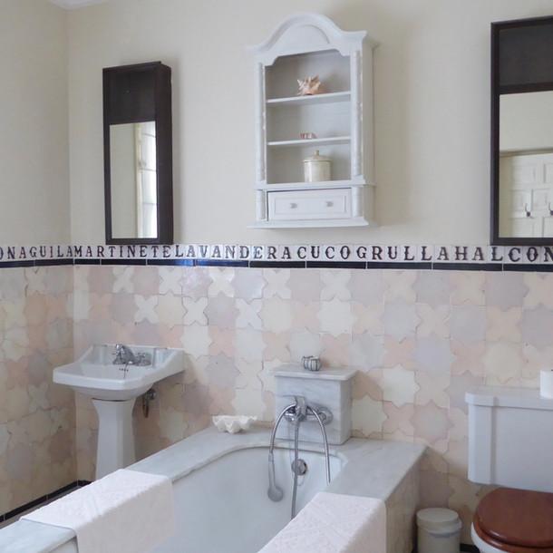 Cortijo El Aguilon, Luxury Villa Tarifa: Bathroom