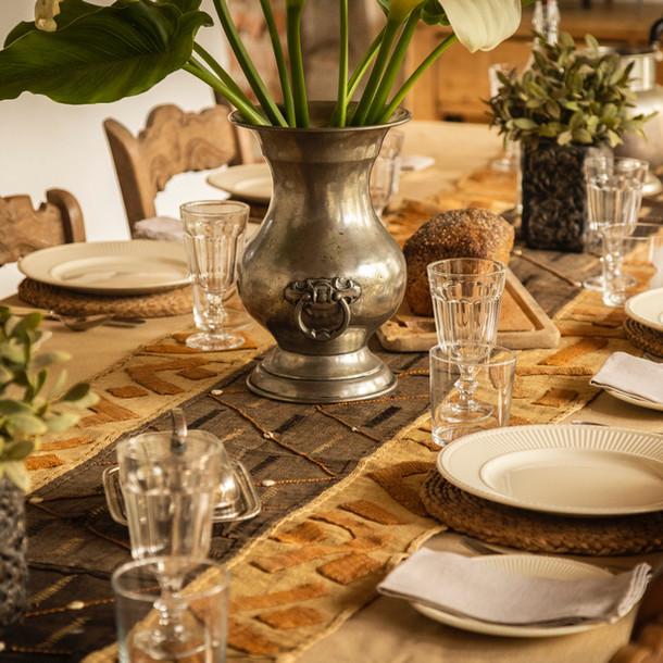 Cortijo El Aguilon, Luxury Villa Tarifa: Table
