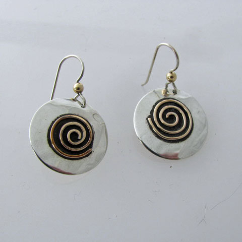 Sp5  Larger disc with spiral earring