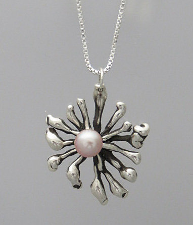 TP11 Tidal Pool Pendant with Pearl