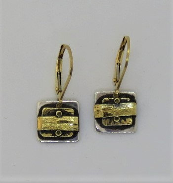 Dwa5 square silver and gold earring on leaver wire