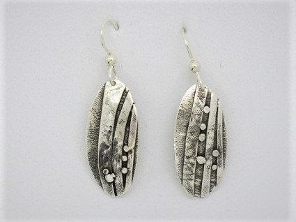 B6 Birch oval silver earring