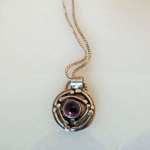 NC-C7  Tiny art nouveau pendant with stone