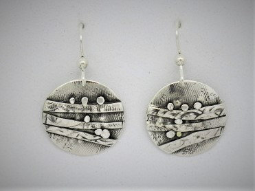 B8 Birch round silver earrings