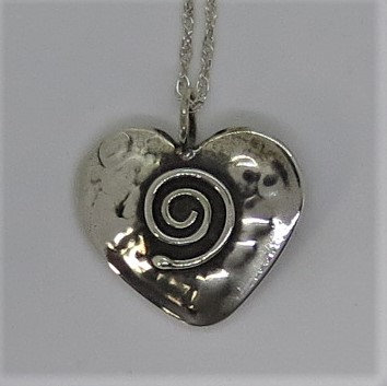 H1 Small Heart with spiral pendant