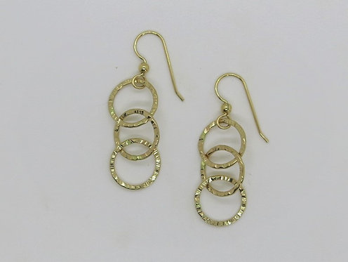 CC4 linked circle earring in silver or 14k gold filled