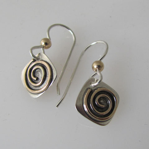 SP8  Small square spiral earring