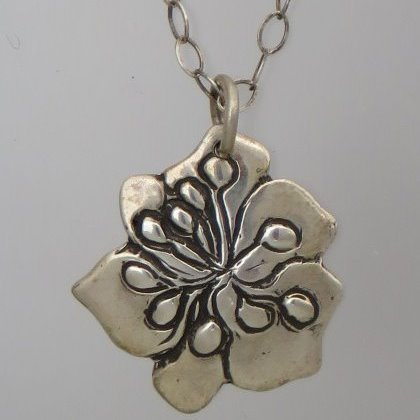 "nc-d109   3/4""pansey flower necklace"