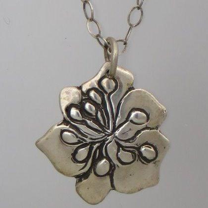 nc-d109  Pansey flower necklace