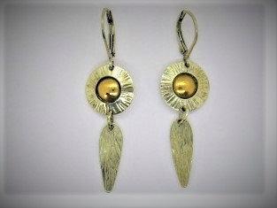 Sb1 Bright sunburst earring of sterling with22k gold.