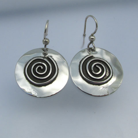 SP6  Round with spiral sterling earring