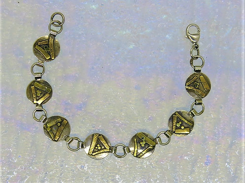 Jb18    Abstract Mixed Metal Bracelet