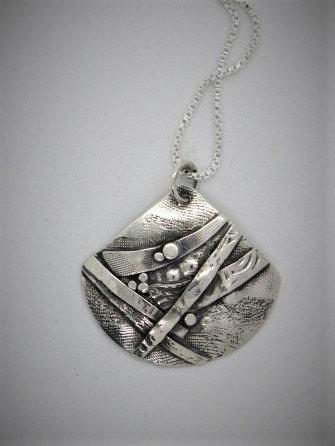 Bnc1 Large triangle birch silver pendant