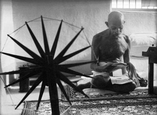 Mohandas Ghandi, 1946.jpg
