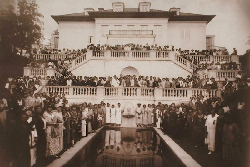 villa-lewaro-archival-photo-now-122018.j