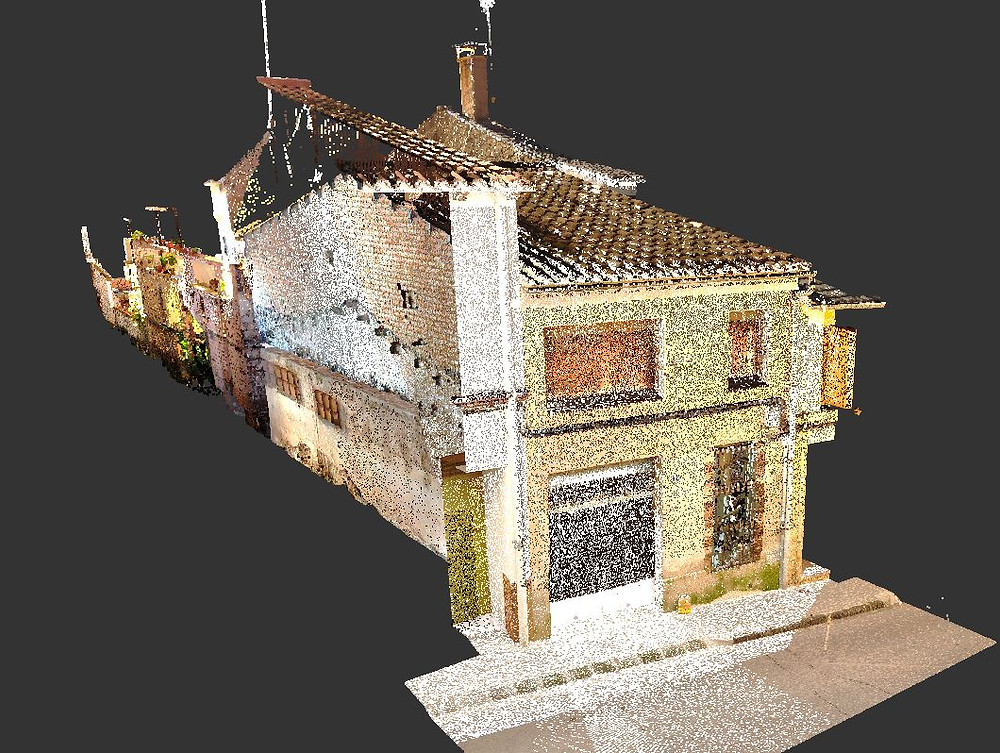 Scan to BIM: Escaneo Láser de viviendas para remodelación. Barcelona - España