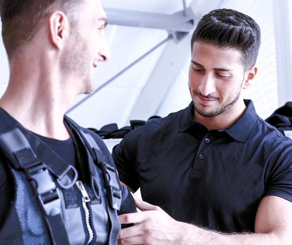 Bandscheiben, EMS, EMS Trainings Zug, Bandscheibenvorfall, Rücken stärken