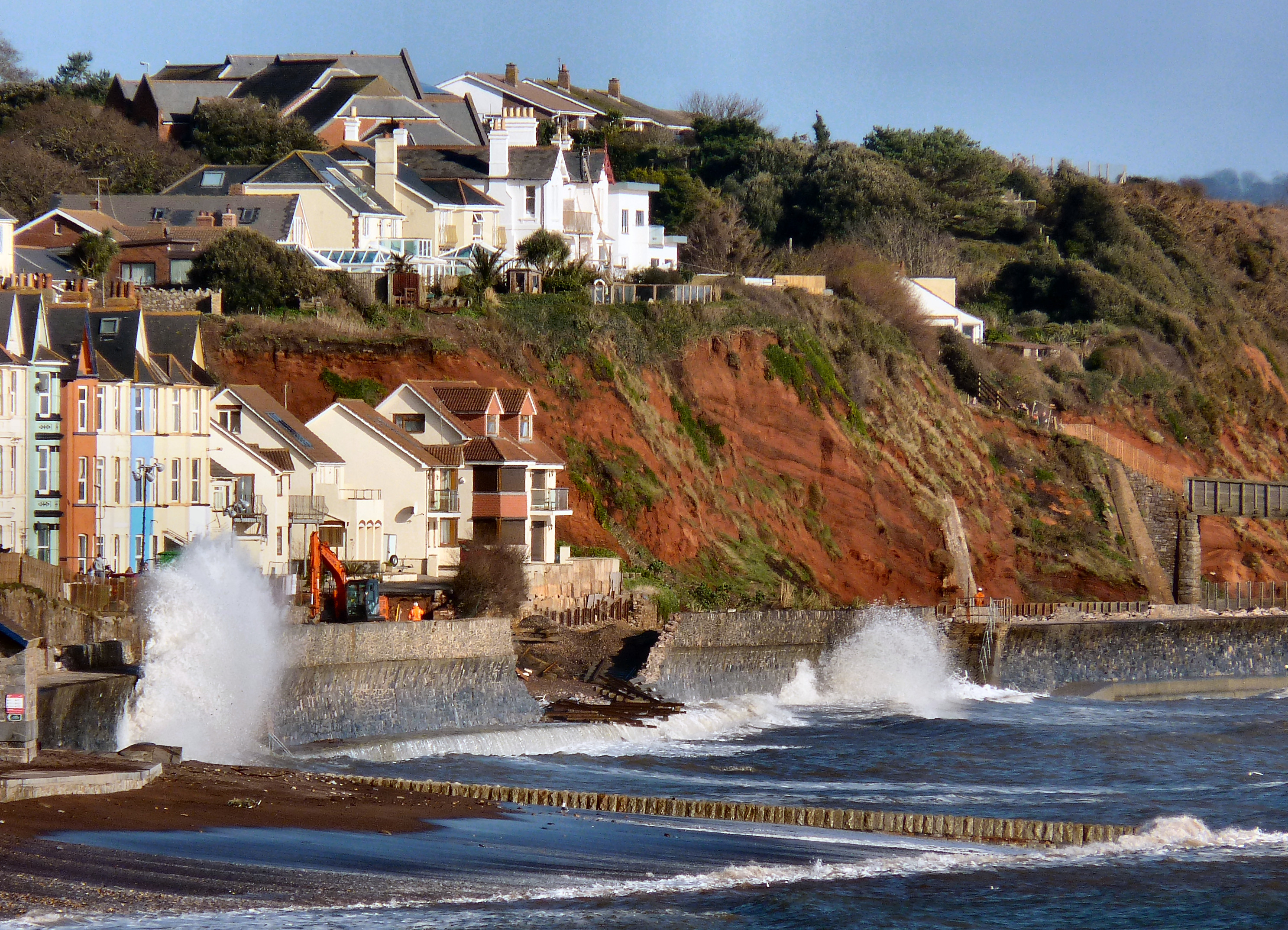 South_Devon_Railway_sea_wall_breach_February_2014_google