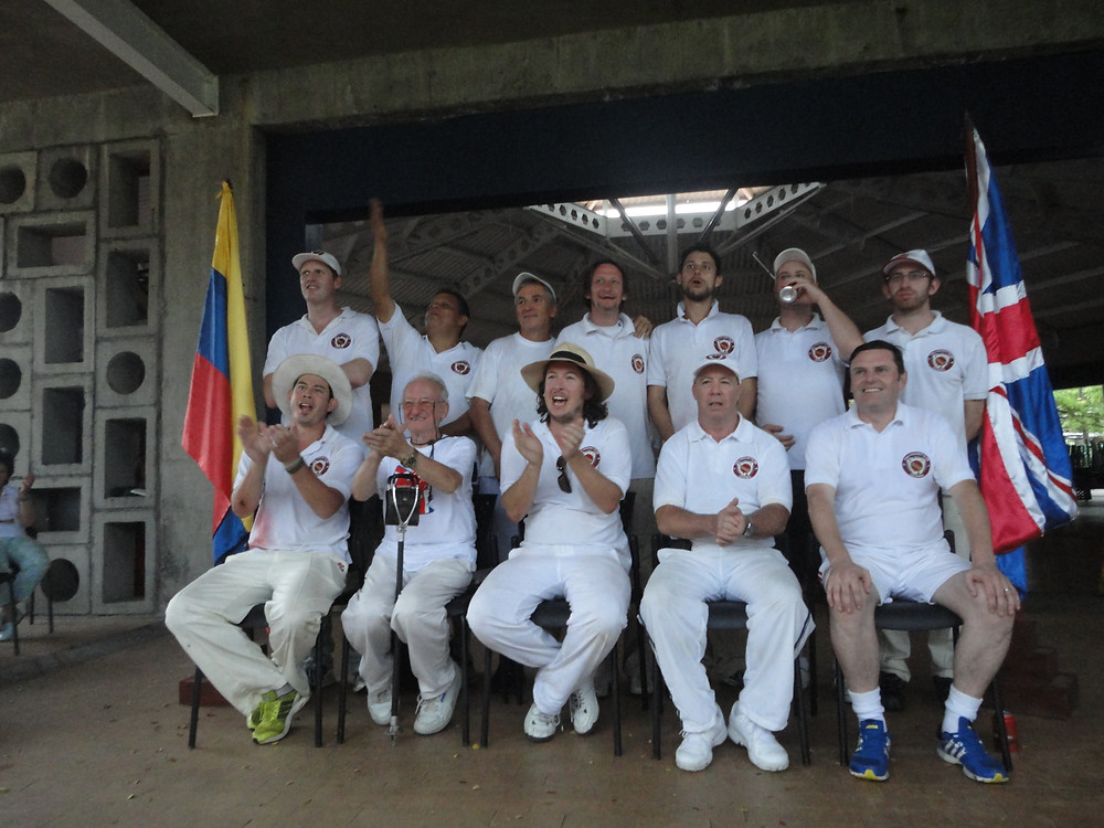 The victorious Cali Cricket team, captained by Dad