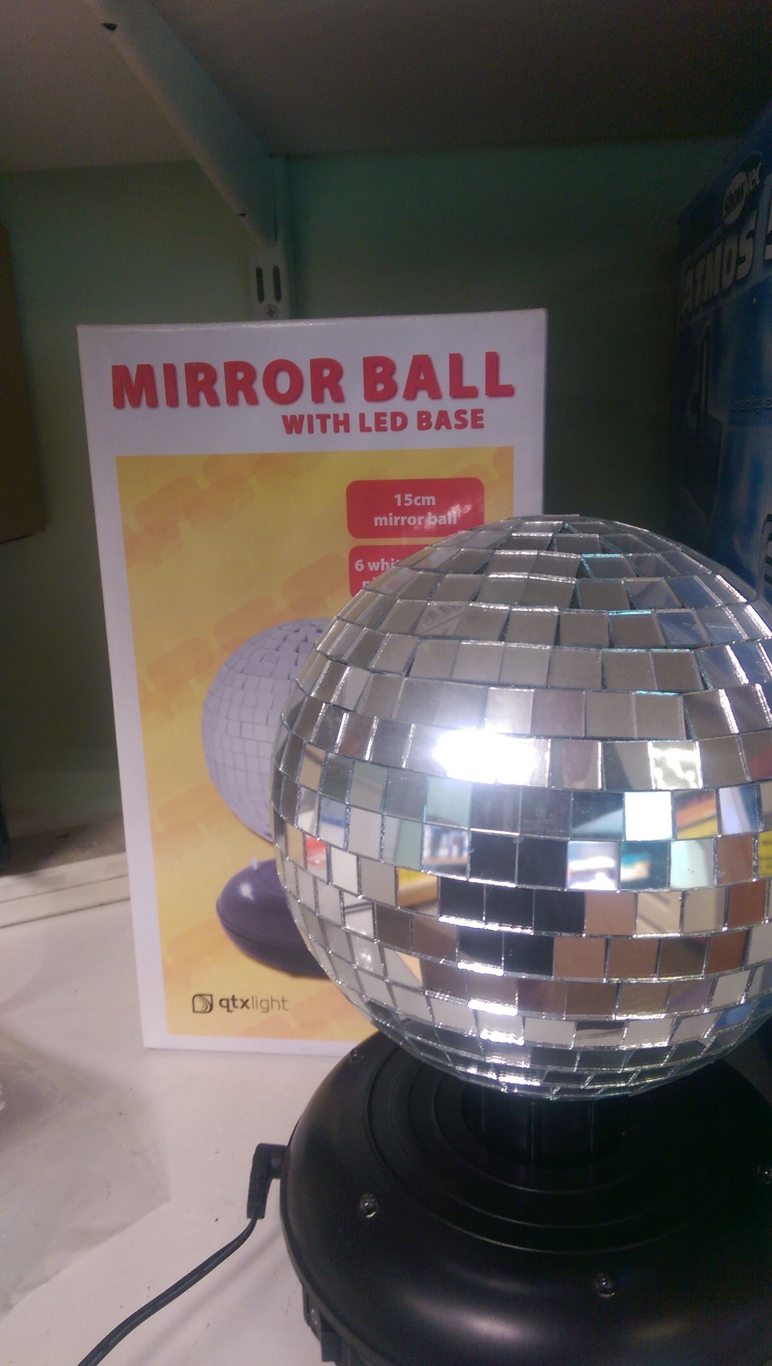 Mini mirrorball wih LED £21.00